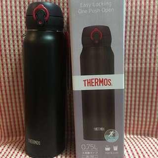 Thermos 0.75L 水樽