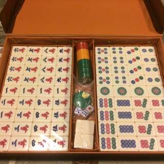 Brand New Professional Mahjong Set with Case