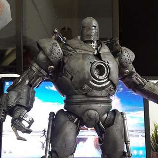 Hot Toys Iron Monger with Custom Weathering Effect