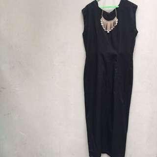 Maxi dress hitam sleeveless