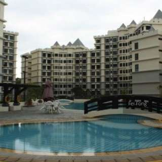 Enbloc Potential Newly Renovated Chiltern Park for Sale