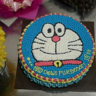 Cake ulang tahun doraemon