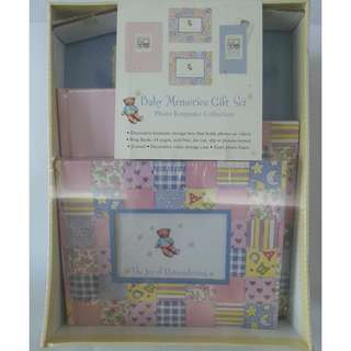 Baby Memories Gift Set (Teddy Bears Photo Keepsake Collection)