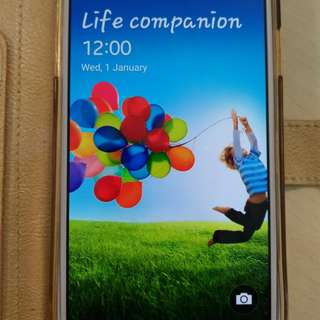 Samsung S4 in good condition.