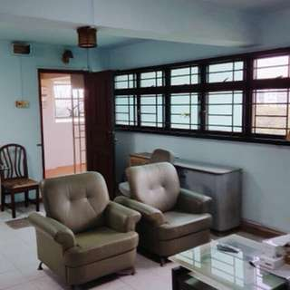 For Rent @ HOLLAND AVENUE