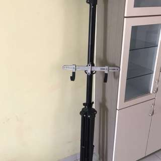 Bicycle stand tripod
