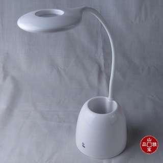 LED 筆筒座充電檯燈 ,簡約實用