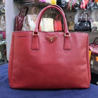 Prada Red Saffiano Lux Large
