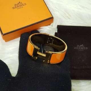 Authentic Hermeś Clic Clac Wide Orange Gold Hardware