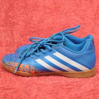 adidas futsal shoes [DISCOUNT AWAL TAHUN]