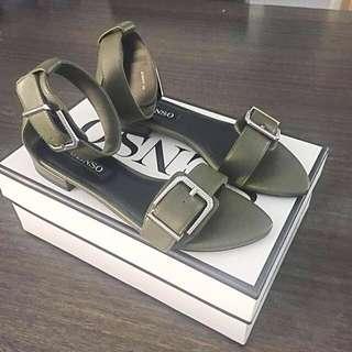 Brand New Senso Sandals size 38