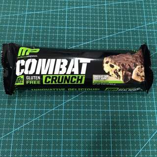MusclePharm Combat Crunch Energy Bar Chocolate