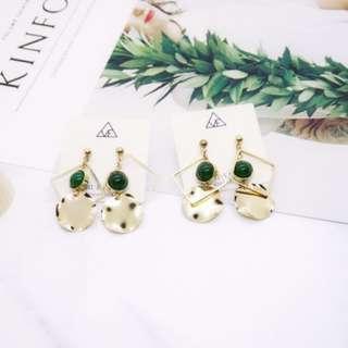 🚚 抗敏鋼針歐美女神金屬綠瑪瑙質感耳環