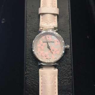 LV 石英錶, 28mm鋼, 貝殼面鑽字