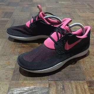 Nike Solar Soft Moccasin