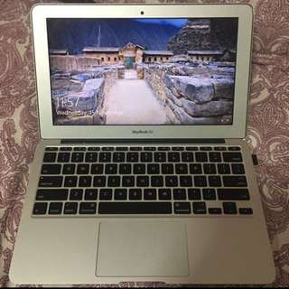 MACBOOK AIR 11 INCH 2013