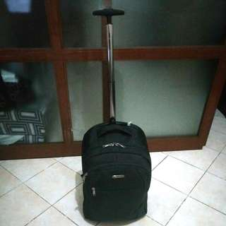 Urban 2 in 1 Luggage/Backpack (up to 15kgs)