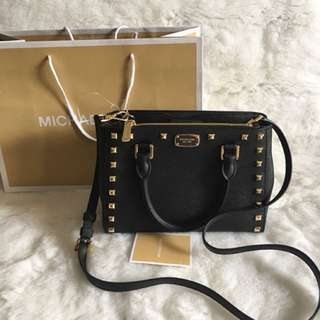 MICHAEL KORS satchel studed 💯Authentic from MK outlet store 🇺🇸