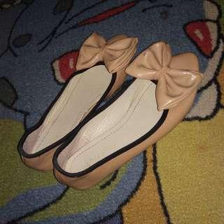 Flatshoes peach pita
