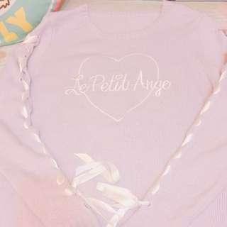 日本🇯🇵特價現貨‼️‼️愛心刺繡緞帶上衣🎀🎀