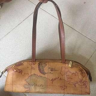 【Alviero Martini 義大利地圖包】手提包