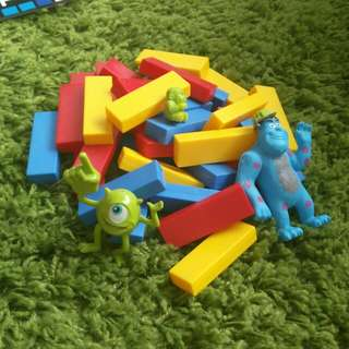 Monsters inc plastic building blocks