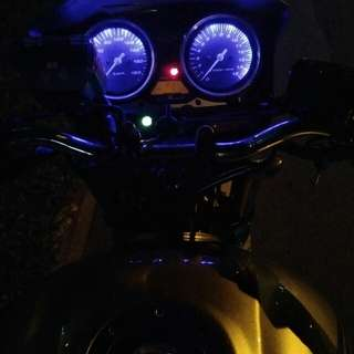 CB 400 lighting