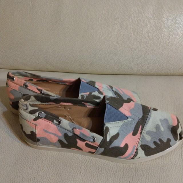 24號幾何圖案帆布鞋