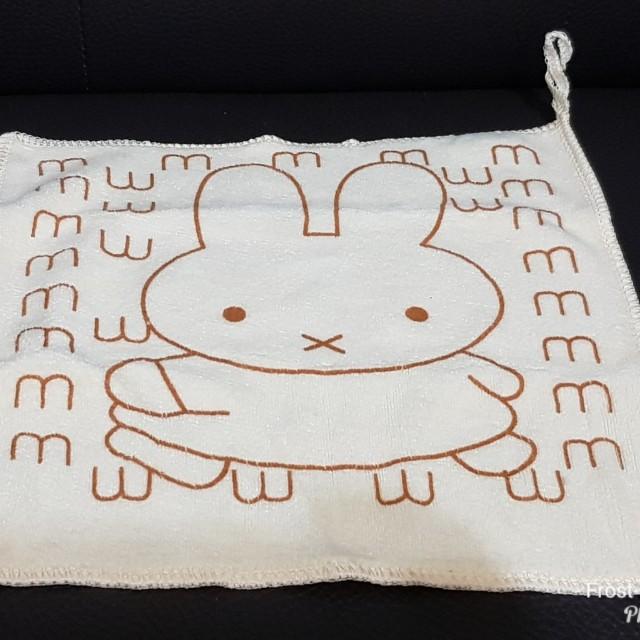 【娃娃機戰利品】兔兔小方巾