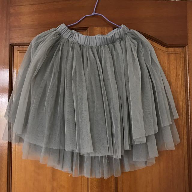 灰色蕾絲短裙