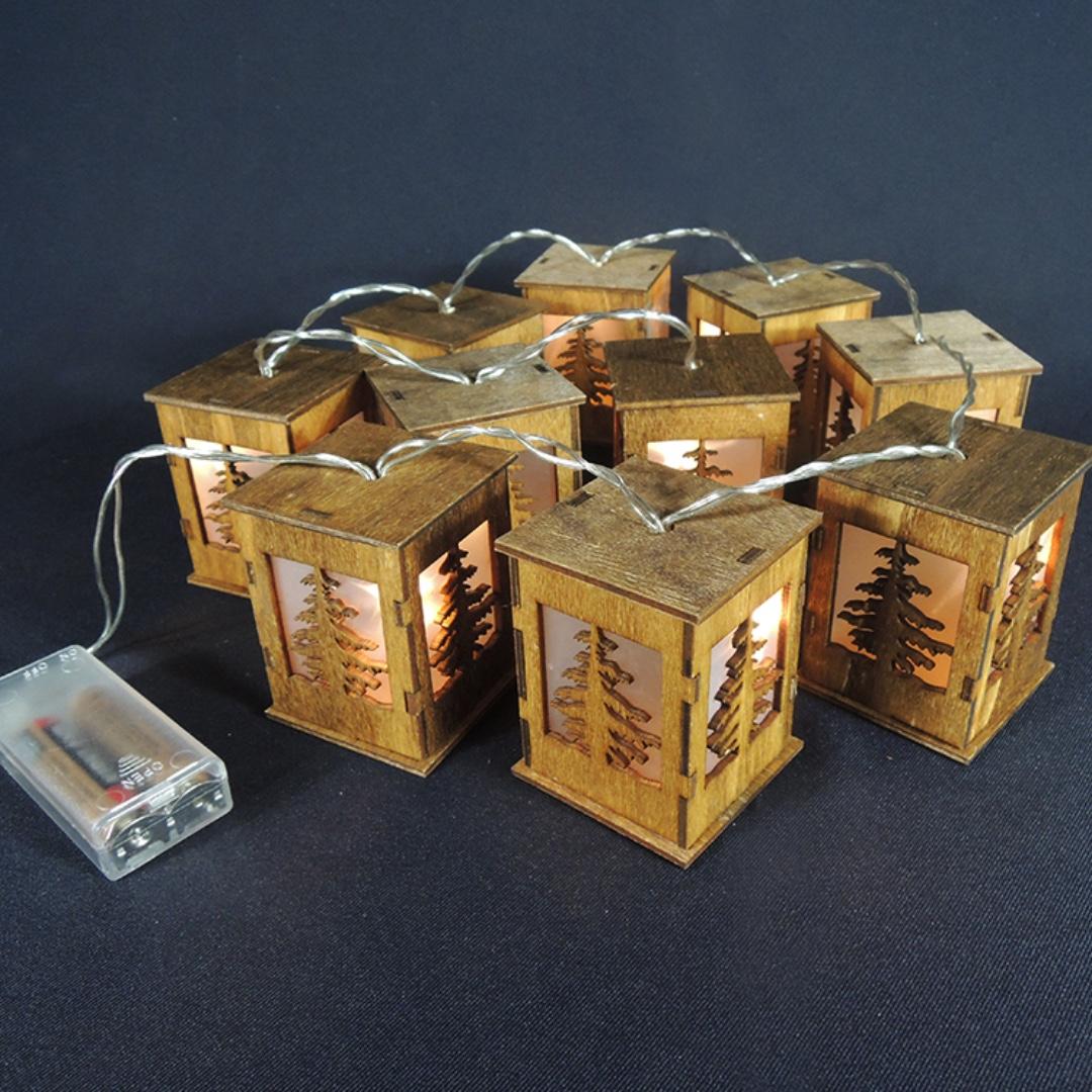 【精選新品】木質小房子裝飾串燈-樹形剪影