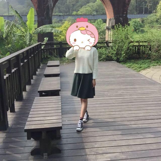 墨綠色群裙