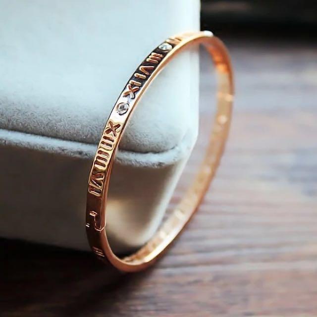簍空羅馬數字手環