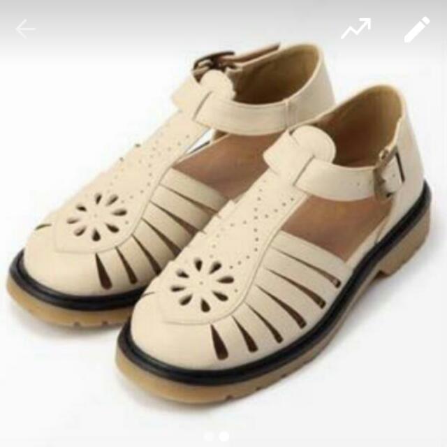 日本森林系雕花春夏涼鞋