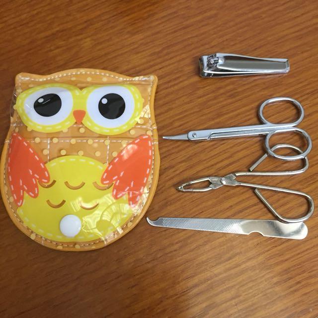 貓頭鷹修容組。指甲剪指甲銼刀眉夾剪刀 全新未使用