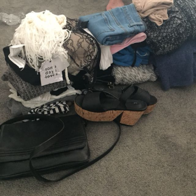 ABSOLUTE BARGAIN 30+ items clothes, shoes, handbag