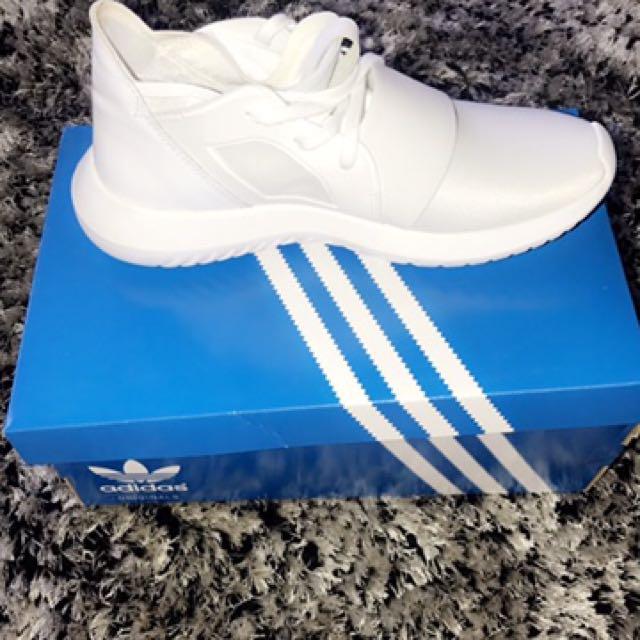 Adidas Tibulars 6