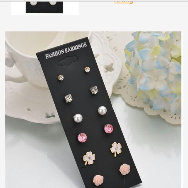 Aksesories anting earrings