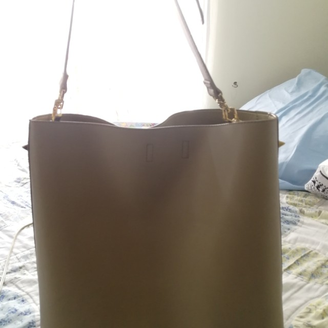 Authentic charles and keith bucketbag
