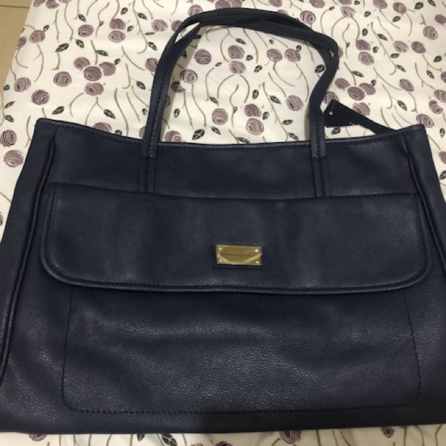 Authentic tommy hilfiger bags