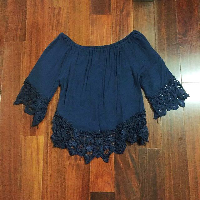 [BN] Off shoulder lace top