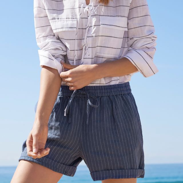 BNWT - Striped Linen Shorts - Size 8