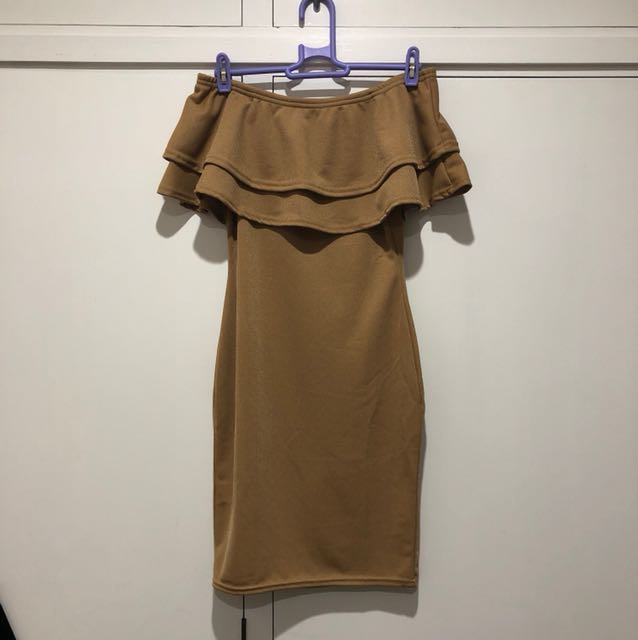 BNWT MISSGUIDED LAYERED FRILL BARDOT BODYCON DRESS CAMEL/TAN