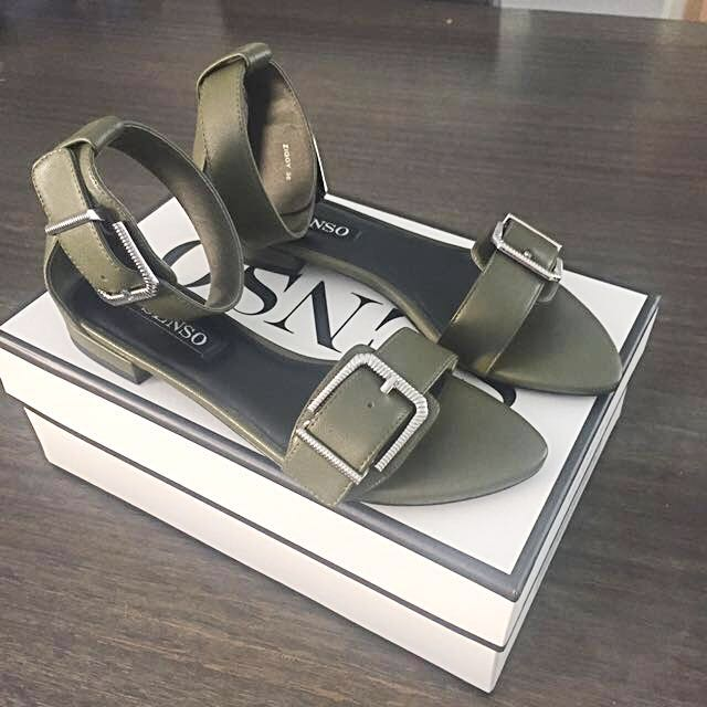 Brand New Senso Sandals size 38