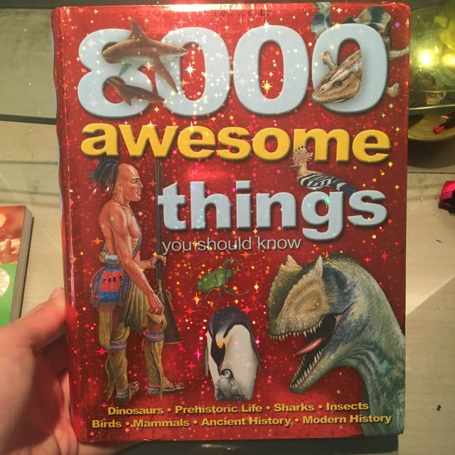 Buku book 8000 awesome things you should know - Miles Kelly