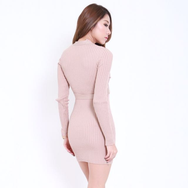 29993d0472 Carrislabelle Wrapped Knit Dress, Women's Fashion, Clothes, Dresses &  Skirts on Carousell