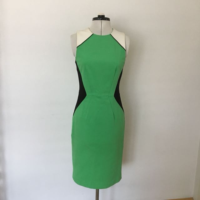 Cue Work Dress Green, White And Black Size 8