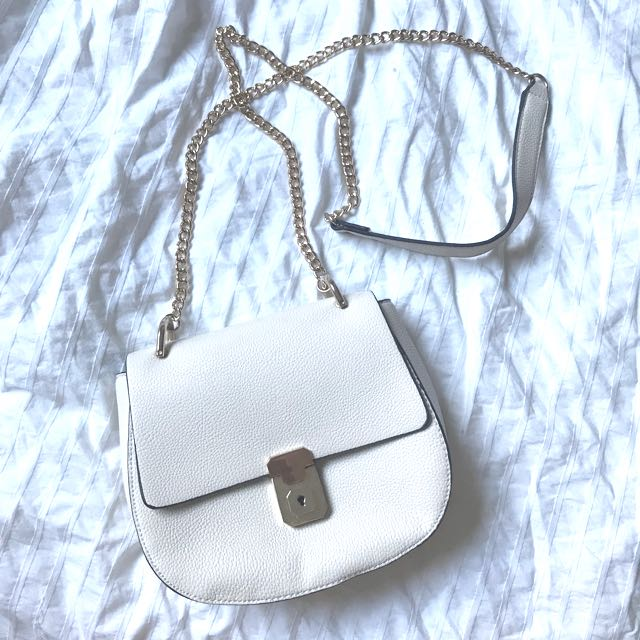"F21 ""Chloe"" look a like purse."
