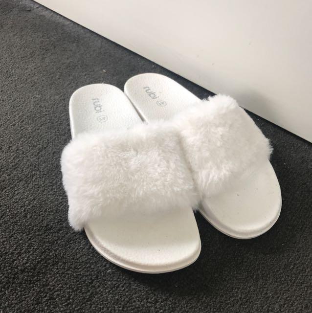 Fluffy white slides