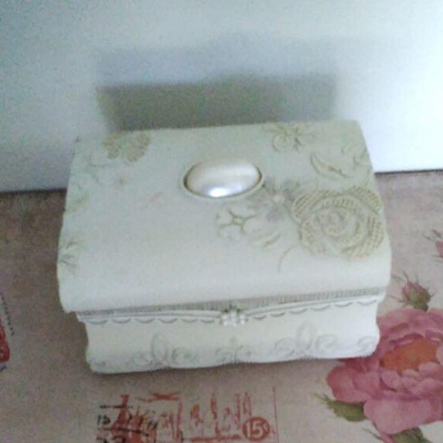 FREE - Jewellery Box